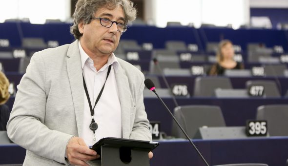 Ricardo SERRAO SANTOS in plenary session in Strasbourg